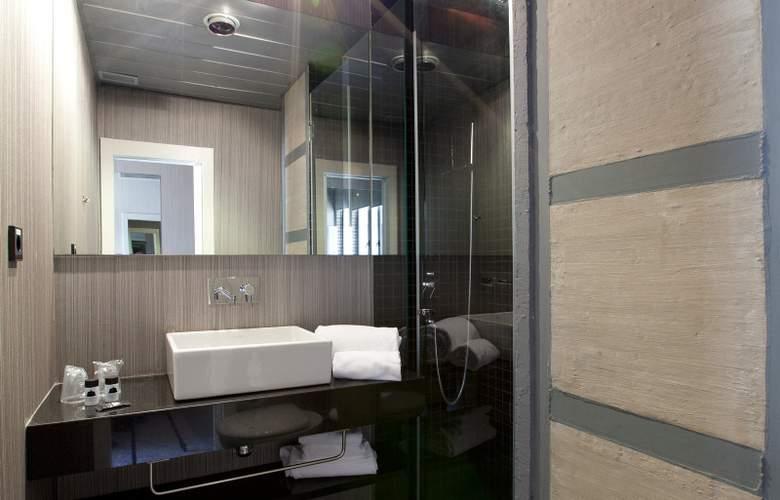 Cosy Rooms Embajador - Room - 9