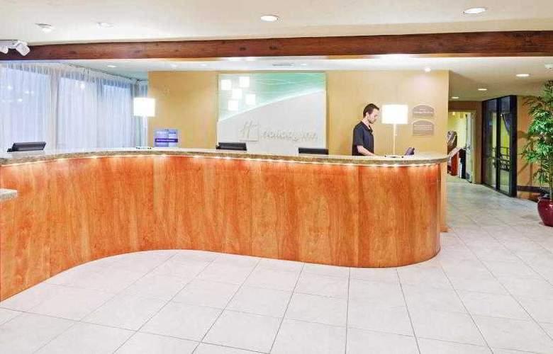 Holiday Inn Cape Cod-Hyannis - General - 12