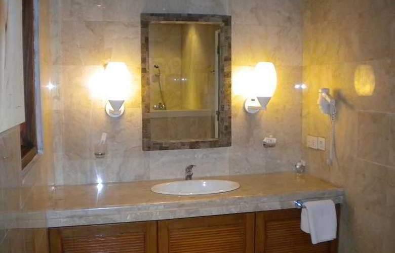 Taman Suci Suite villas - Room - 17