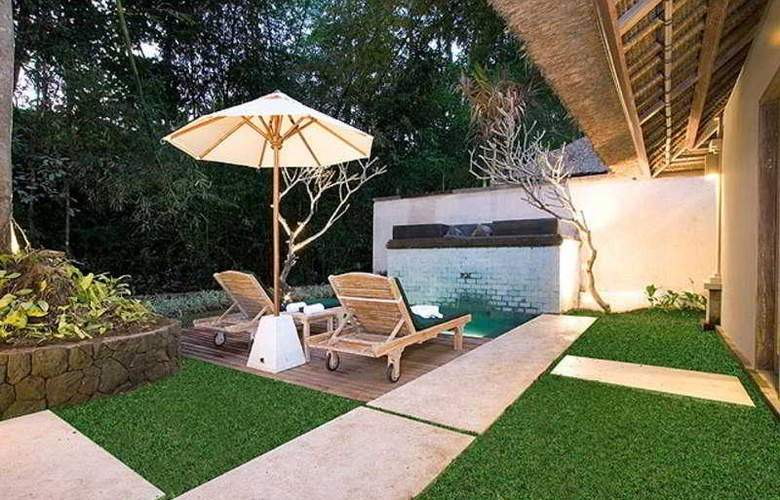 Puri Sunia Resort Bali - Pool - 3