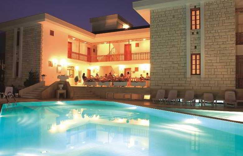 Felice Hotel - Pool - 27