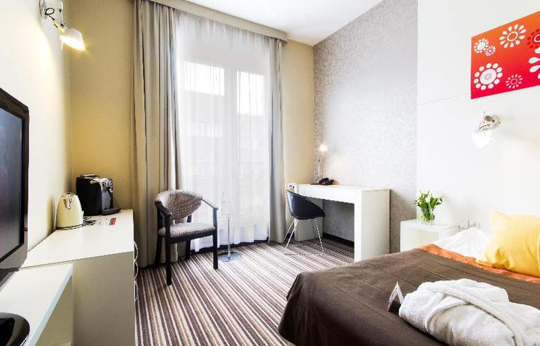 Park Hotel Diament Wroclaw - Room - 6