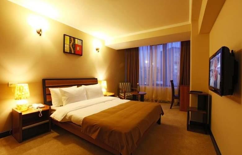 Nairi Hotel - Room - 6