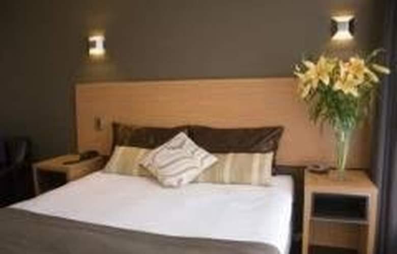 Comfort Inn On Raglan - General - 2