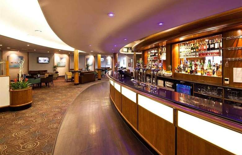 Mercure Manchester Piccadilly - Bar - 35