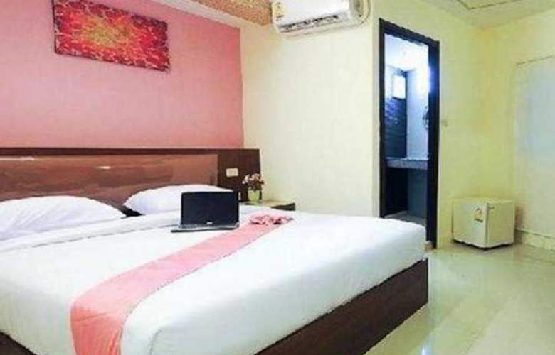 Royal Express Inn Sukhumvit - Room - 8