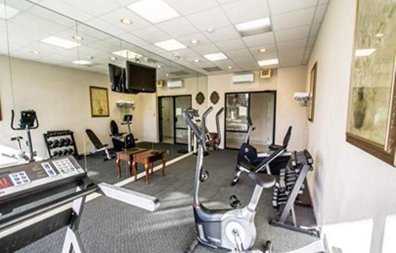 Hampton Inn Ocala - Sport - 6
