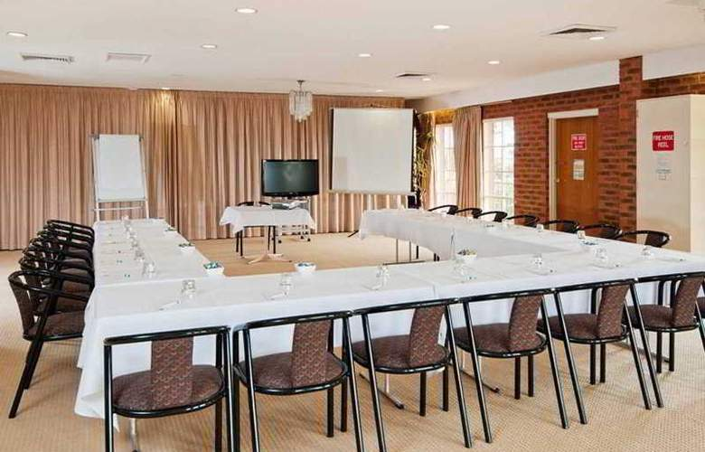 Quality Hotel Melbourne Airport - Conference - 3