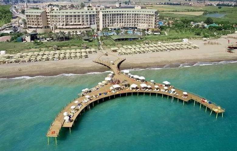 Lyra Resort - Beach - 7