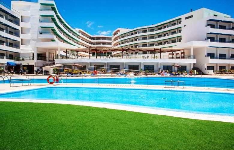 Aguamarina Golf - Pool - 18