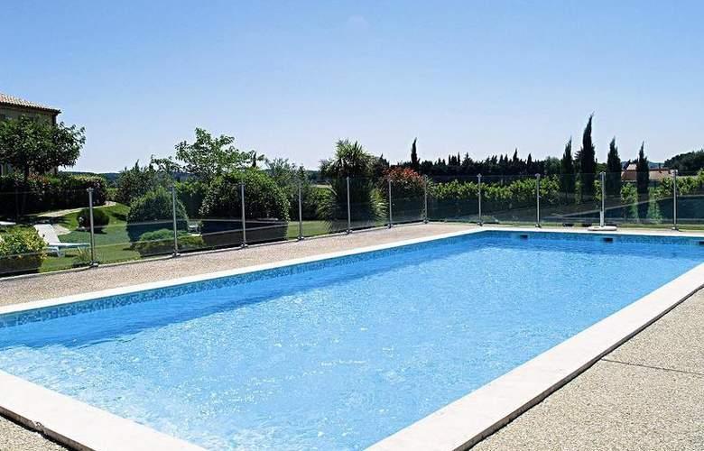 Best Western Aurelia - Pool - 22