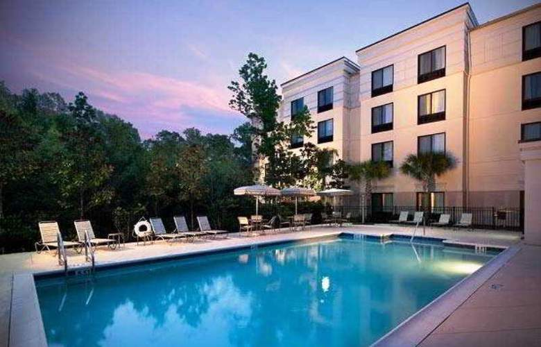 Springhill Suites Gainesville - Pool - 2