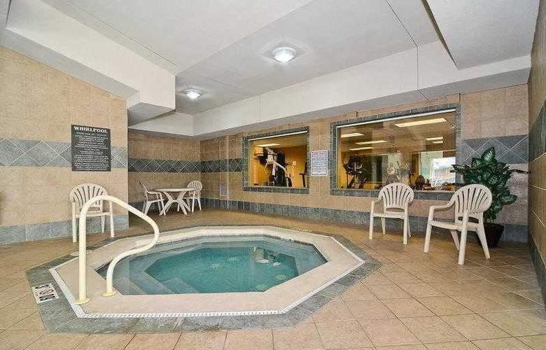 Best Western Executive Inn & Suites - Hotel - 10