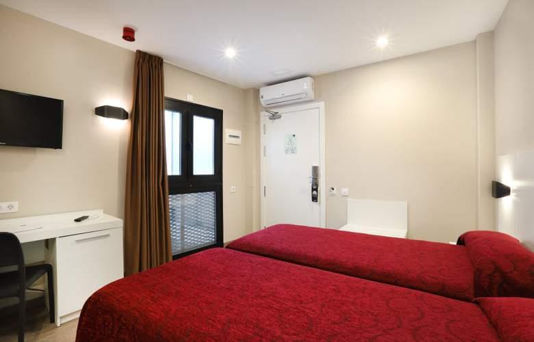 Alameda - Room - 12