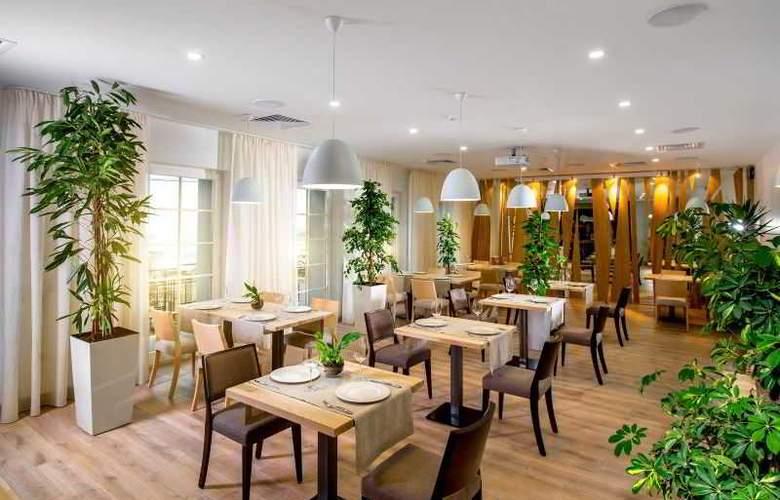 Kavalier Boutique Hotel - Restaurant - 27