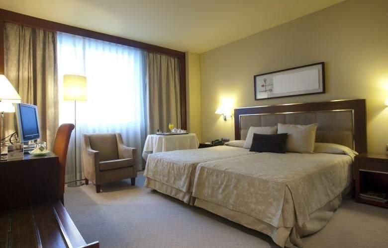 Nuevo Madrid - Room - 19