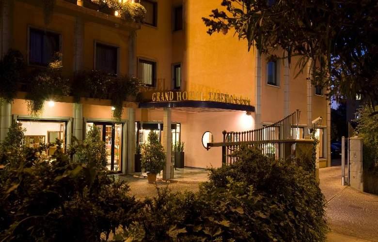 Grand Hotel Tiberio - Hotel - 8
