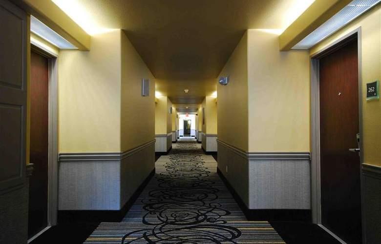 Best Western Plus Austin City Hotel - Hotel - 88