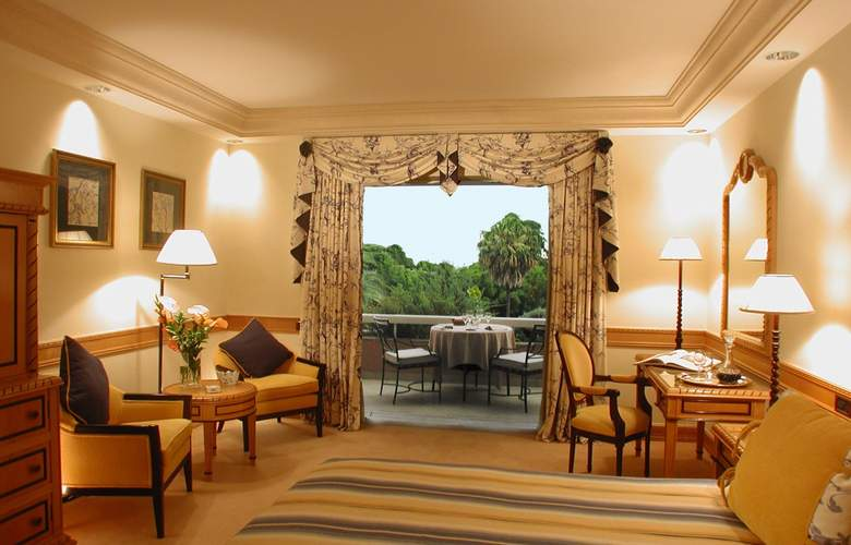 Olissippo Lapa Palace - The Leading Hotels of the World - Room - 9