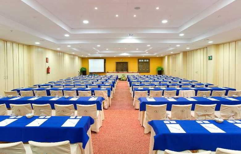 Puerto de La Cruz - Conference - 30