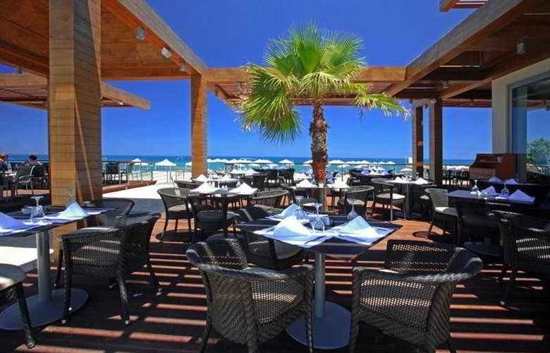 Minoa Palace Resort & Spa - Terrace - 8
