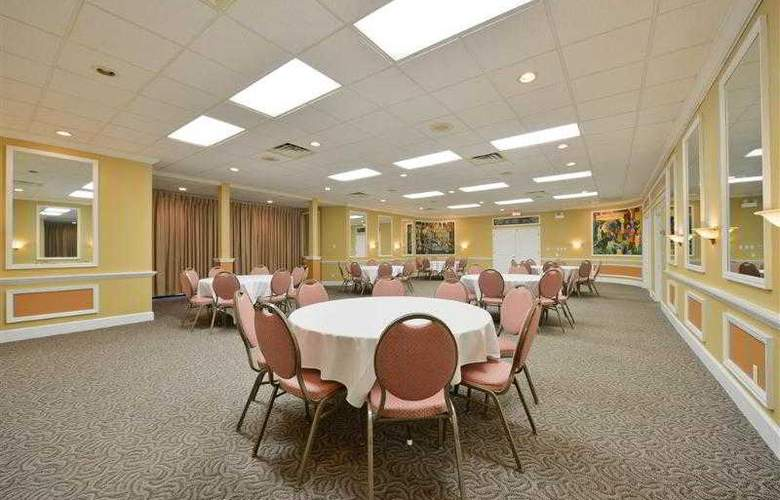 Best Western Green Bay Inn Conference Center - Hotel - 45