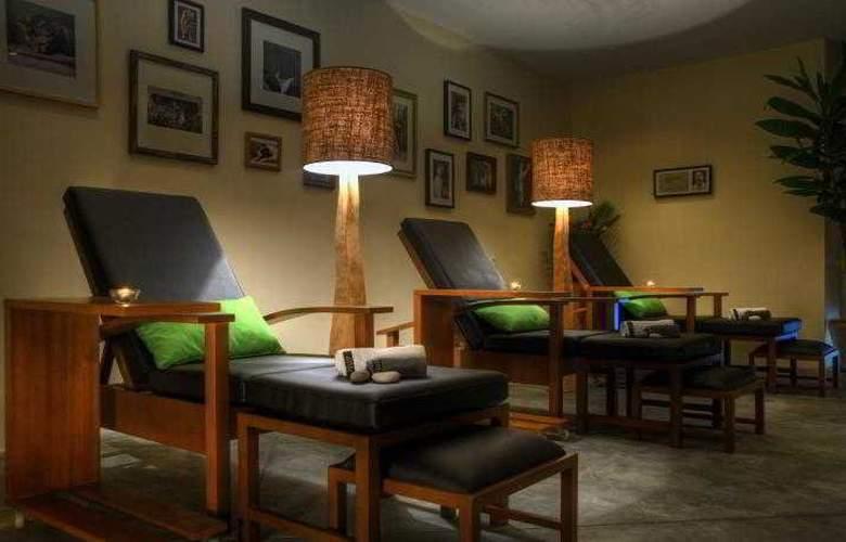 Lone Pine Hotel Penang - Sport - 43