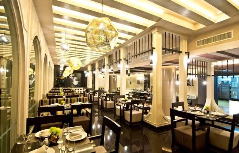 Tsix5 Hotel - Restaurant - 8