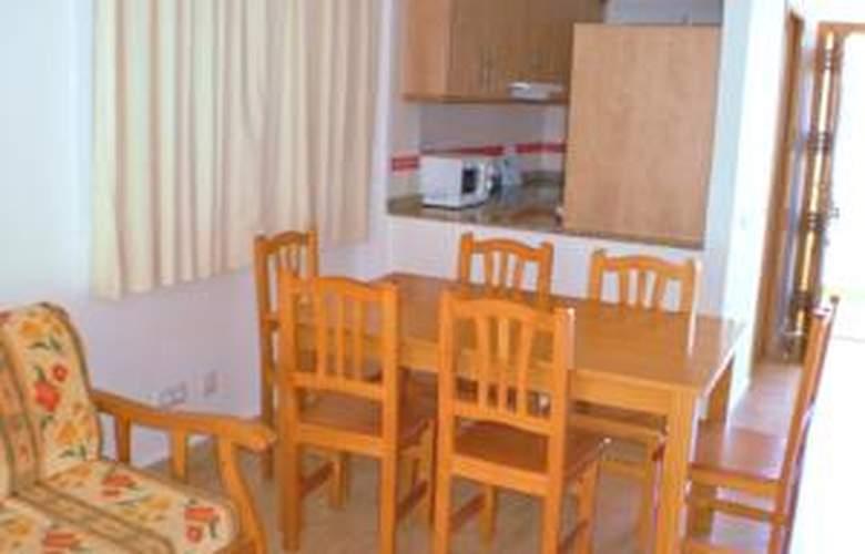 Apartamentos Penyagolosa 3000 - Room - 5