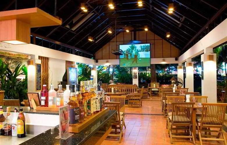 Woodlands Hotel and Resort - Restaurant - 12