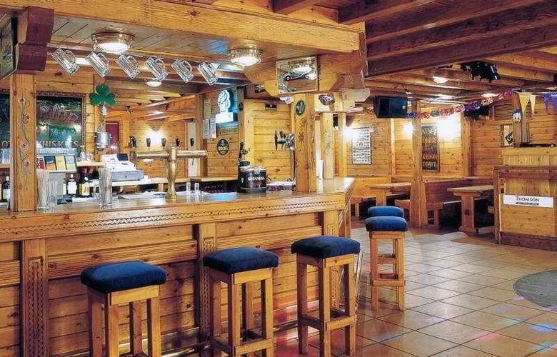 Sport Hotel - Bar - 6