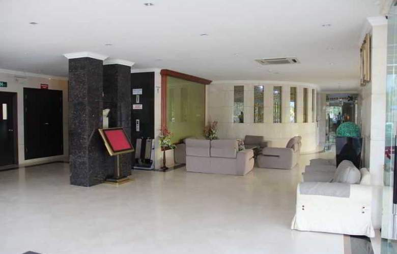 Palm Garden Hotel - General - 10