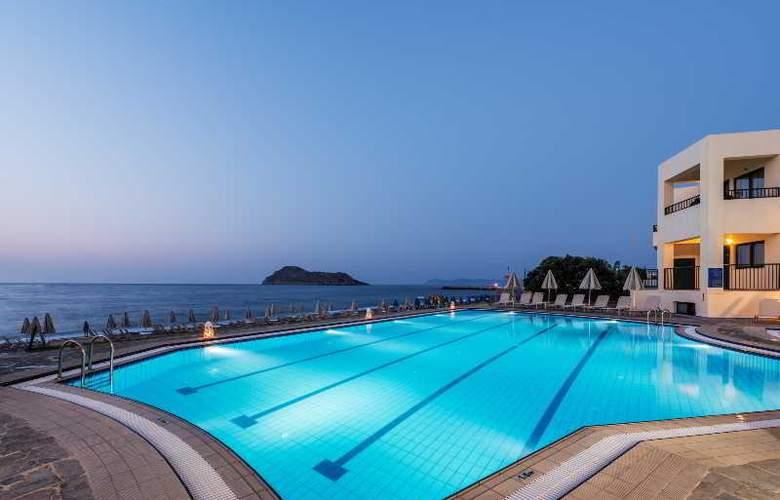 Blue Dome - Hotel - 0