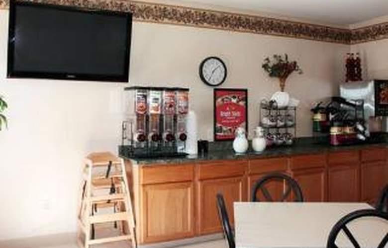 Econo Lodge Harrisburg Pike - General - 1