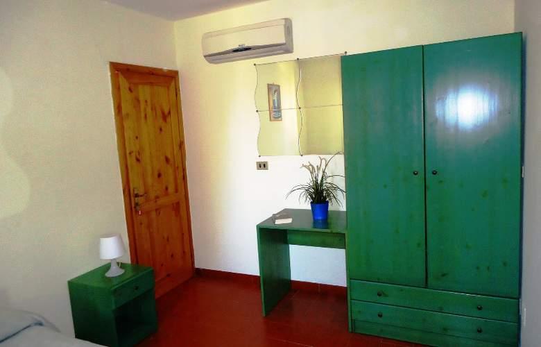 Costa Alta - Room - 8