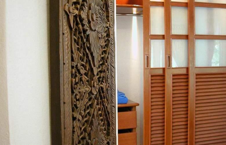 Bangtao Beach Chalet Phuket - Room - 38