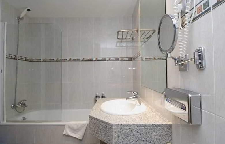 Aparthotel Roc del Castell - Room - 4