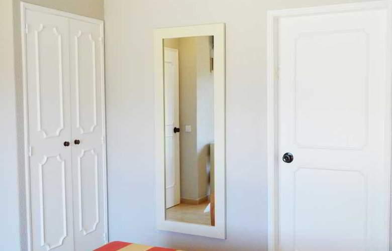 Santa Eulalia - Room - 13
