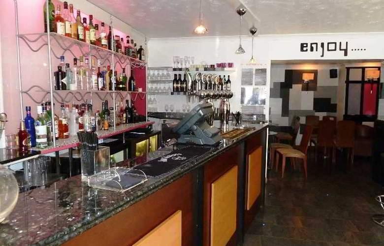 Jersey Farm Hotel - Bar - 2