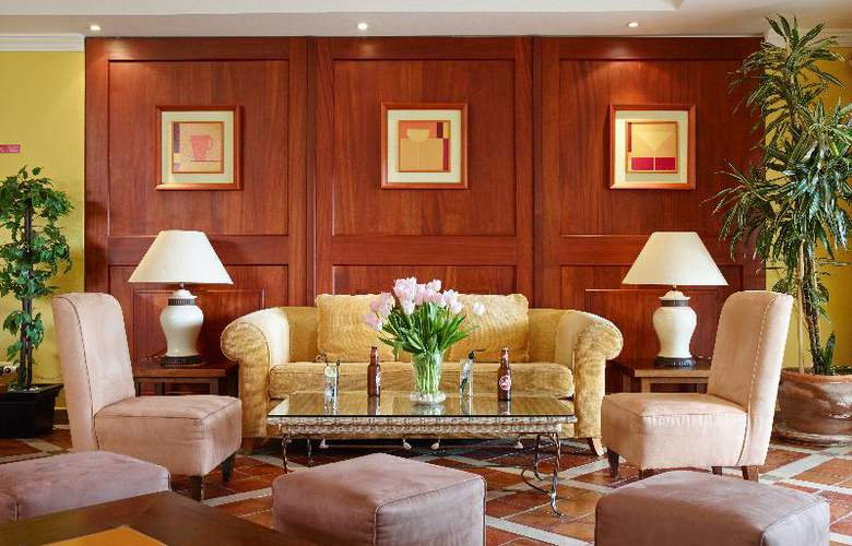 Formosa Park Apartment Hotel - Bar - 12