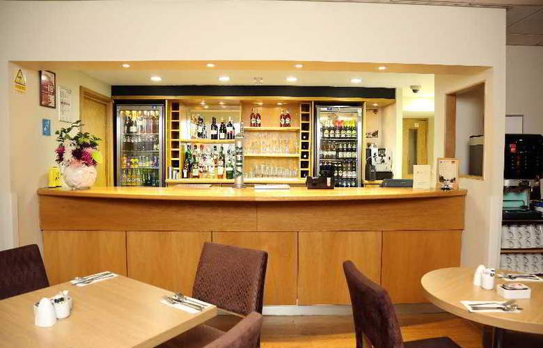Eastbourne Riviera - Bar - 6