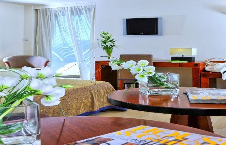 Apollonia Beach - Room - 3