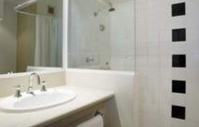 Travelodge Garden City Brisbane - Room - 6