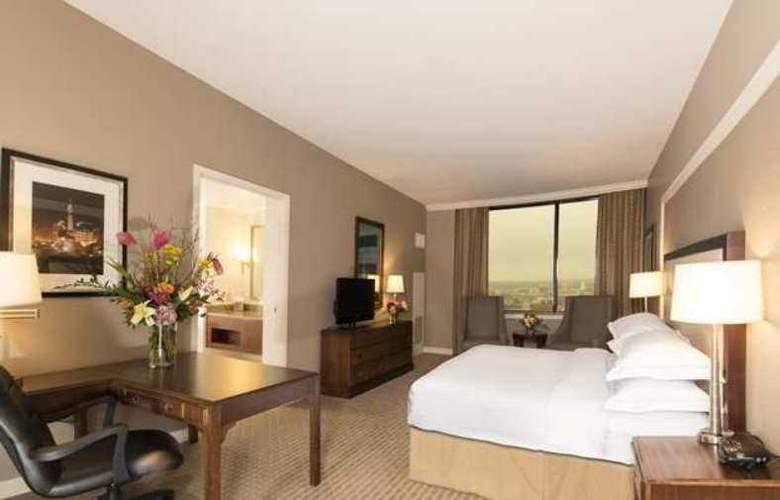 Hilton Indianapolis Hotel & Suites - Hotel - 8