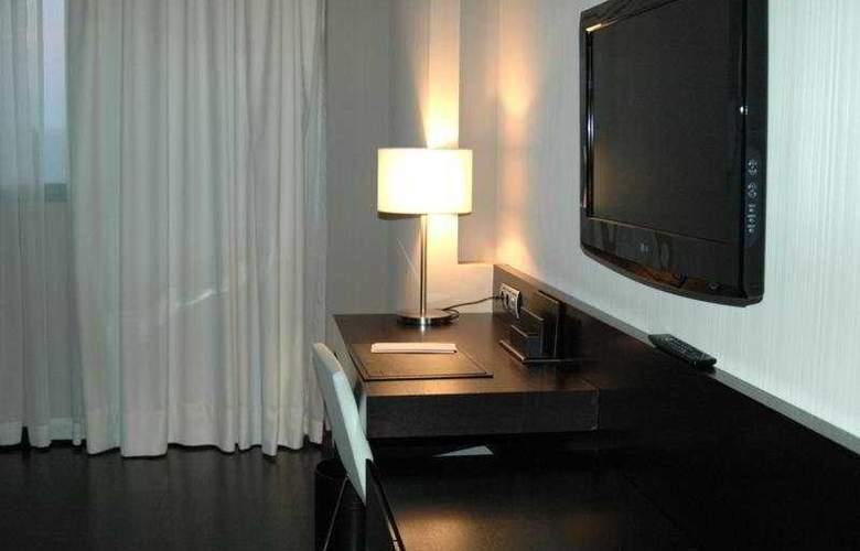 Santos Maydrit - Room - 8