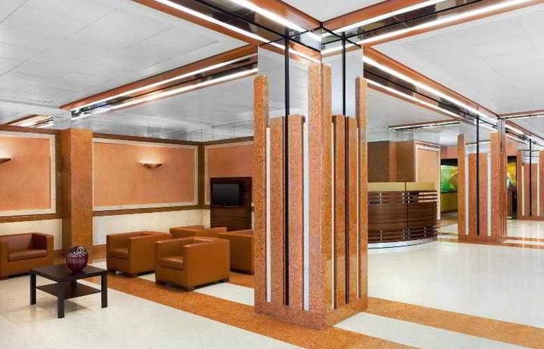 Sheraton Padova Hotel & Conference Center - General - 21