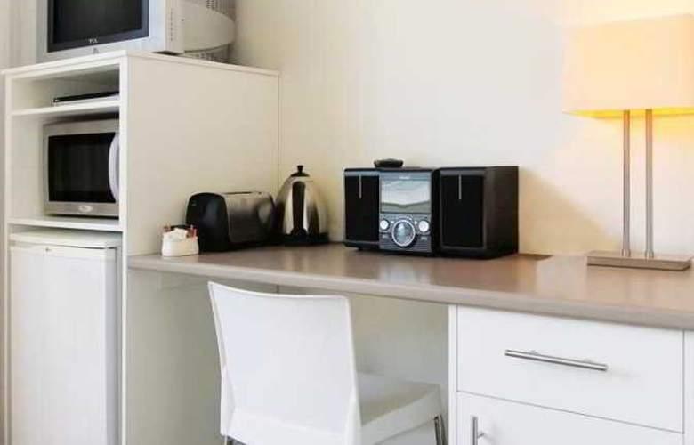 Oaks Lure Apartments - Room - 5
