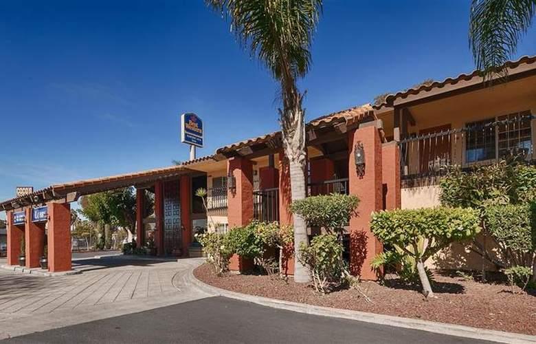 Best Western Americana Inn - Hotel - 32