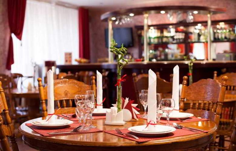 Alexander Platz - Restaurant - 14