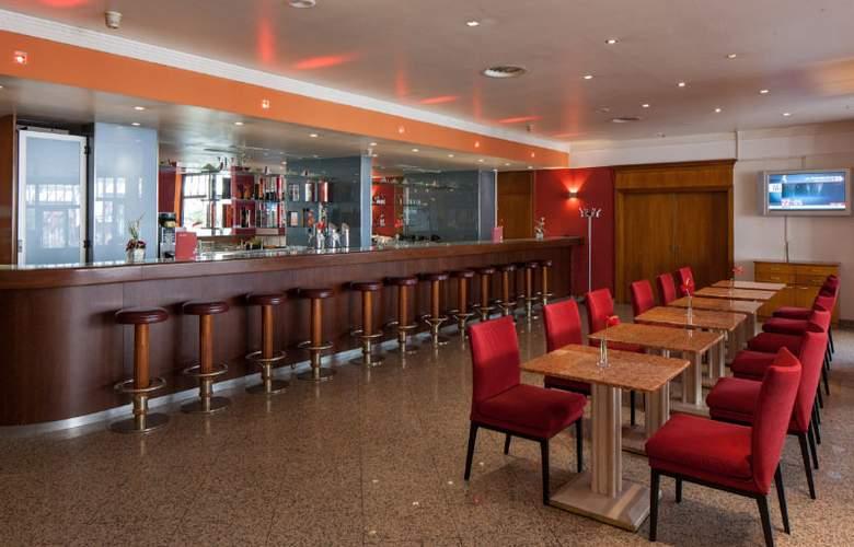 Austria Trend Hotel Favorita - Bar - 5